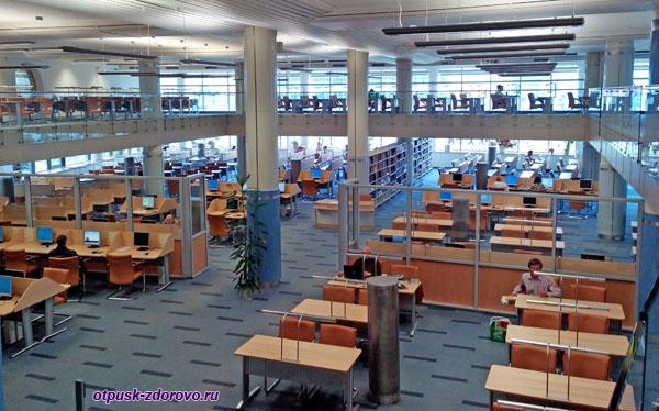 Читальный зал. Белорусская национальная библиотека, Минск