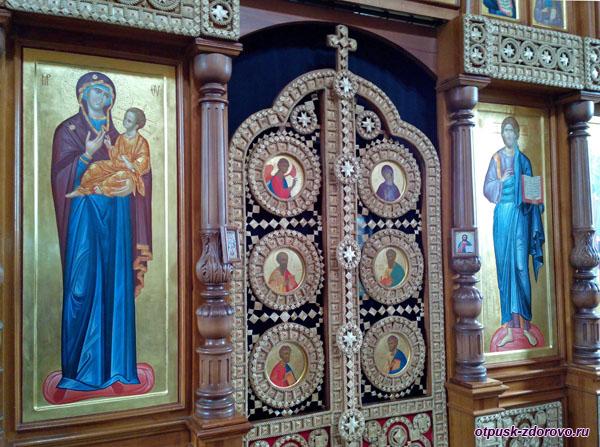 Уникальный иконостас из соломы, Дудутки, Беларусь