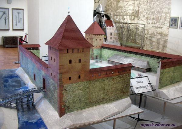 Макет Лидского замка находится в Мирском замке, Мир, Беларусь