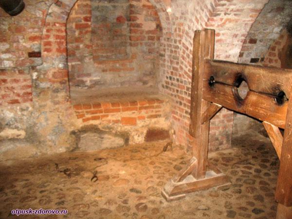 Тюремные подвалы, Мирский замок, Мир, Беларусь
