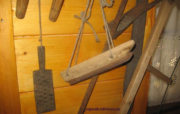 Древние коньки. Музей народного быта и старинных технологий в Беловежской Пуще