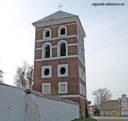 Башня Замковой брамы, Достопримечательности, Несвиж, Беларусь