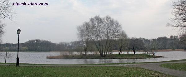 Остров на Диком пруду. Несвижский Дворцово-Парковый комплекс, Беларусь