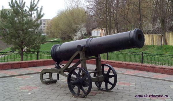 Пушка. Мемориал-памятник Оборона Брестской Крепости, Беларусь