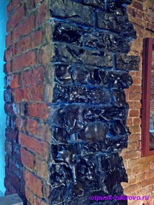 Обгоревший кирпич. Музей истории и обороны Брестской Крепости, Беларусь