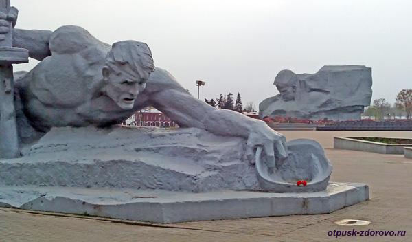 Мемориал-памятник Оборона Брестской Крепости, Беларусь
