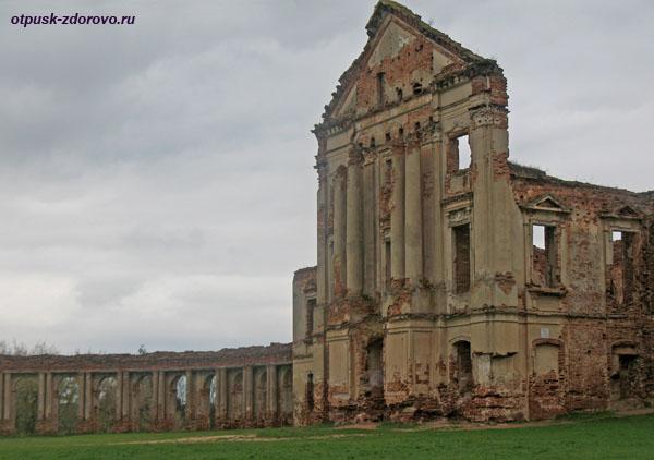 Ружанский дворец Сапегов, фото замка, Ружаны, Беларусь