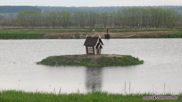 Монастырский пруд Свято-Успенского Жировичского монастыря, Жировичи, Беларусь