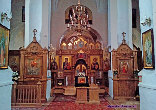 Иконы в Церкви святого архангела Михаила, Сынковичи