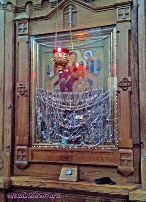 Чудотворная икона Всецарица в Церкви святого архангела Михаила, Сынковичи