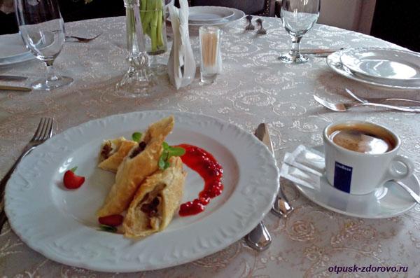 Кофе в ресторане Гетман Замка Радзивиллов в Несвиже, Беларусь