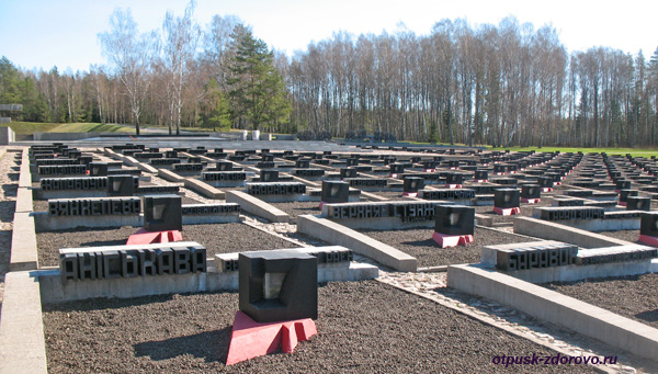 Кладбище деревень. Мемориальный комплекс Хатынь, Беларусь