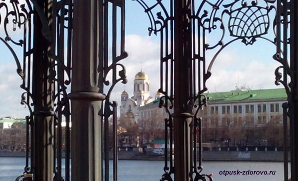 Православные церкви и храмы Екатеринбурга