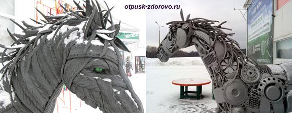 Лошади из мусора