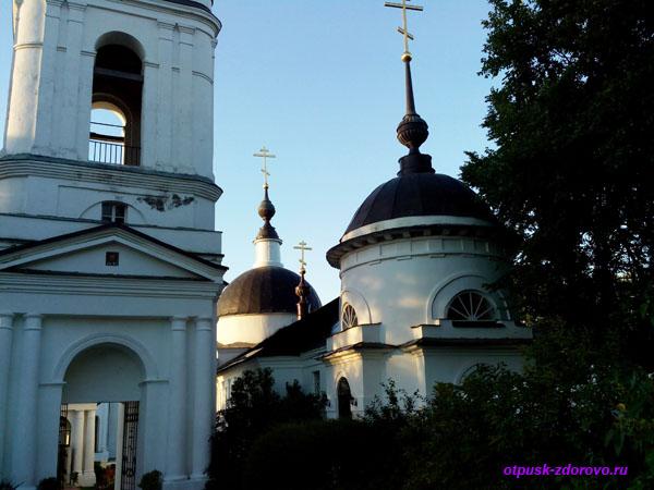 Никольский Черноостровский монастырь в Малоярославце, храм Корсунской иконы Божьей Матери