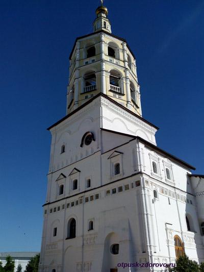 Пафнутьевский монастырь в Боровске, Колокольня
