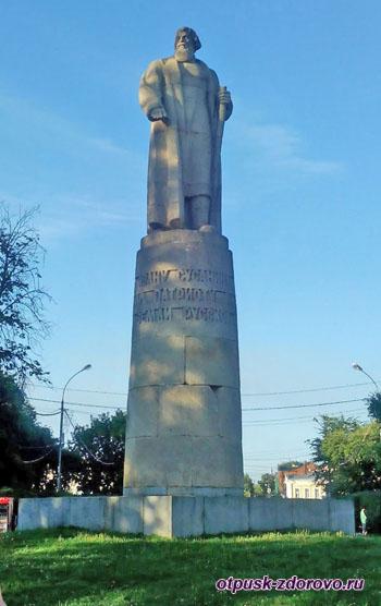 Памятник Ивану Сусанину, Костромаи
