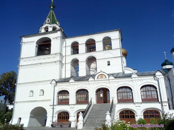 Монастырская звонница, Ипатьевский монастырь, Кострома