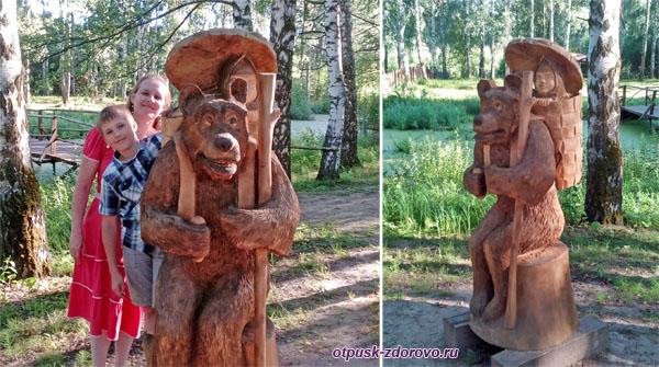 Деревянная скульптура Маша и Медведь , Кострома