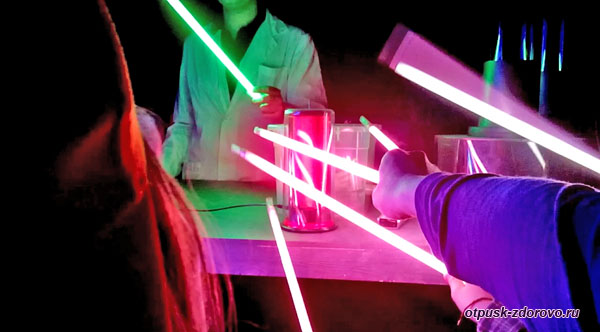 Электрические опыты в Музее Тесла, Адлер