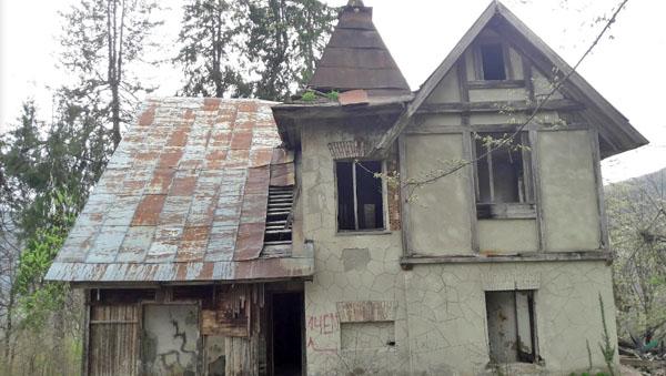 Дом прислуги возле Охотничьего домика, Красная Поляна