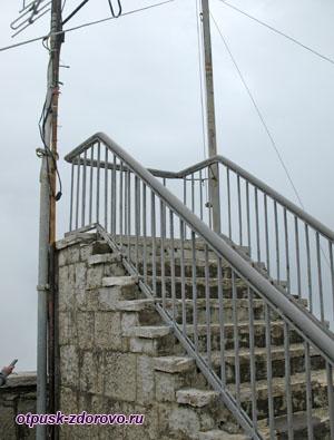 Лестница в небо, Башня и гора Ахун, Сочи