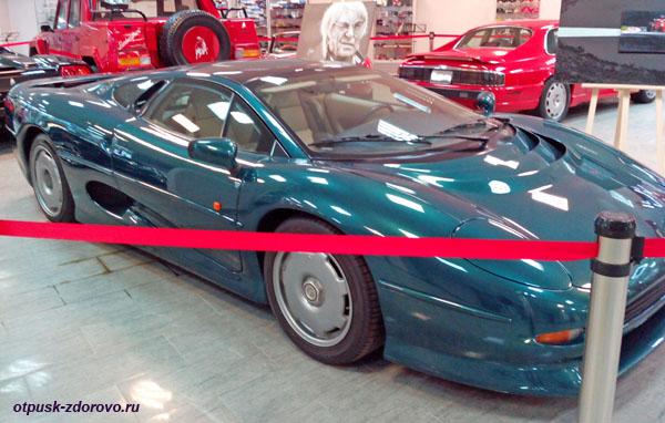 Jaguar XJ200, год выпуска 1996