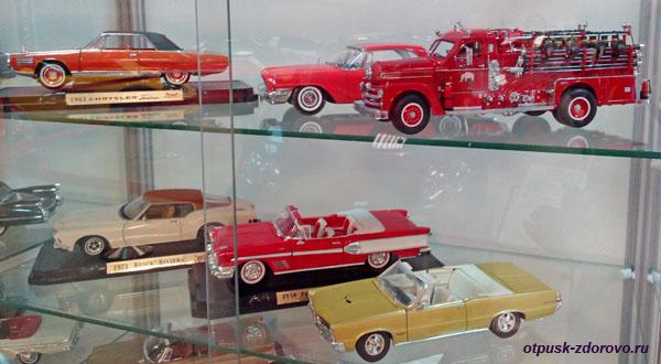 Макеты классических авто в музее Формулы-1, Сочи