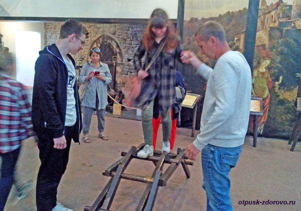 Пользуемся макетом переносного моста Леонардо да Винчи, Олимпийский Парк в Сочи