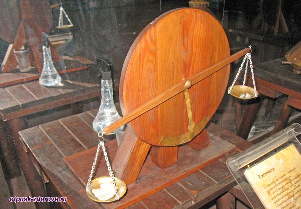 Гигрометр в музее Леонардо да Винчи в Сочи