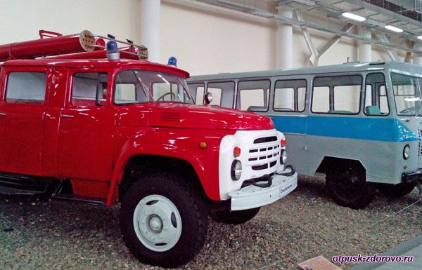 Пожарная машина Урал ЗИС 5