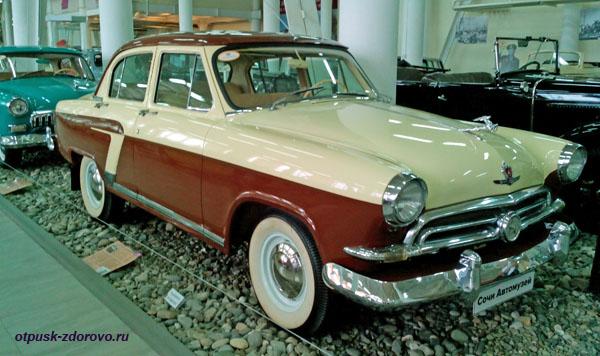 Автомобиль ГАЗ-М-21 Волга