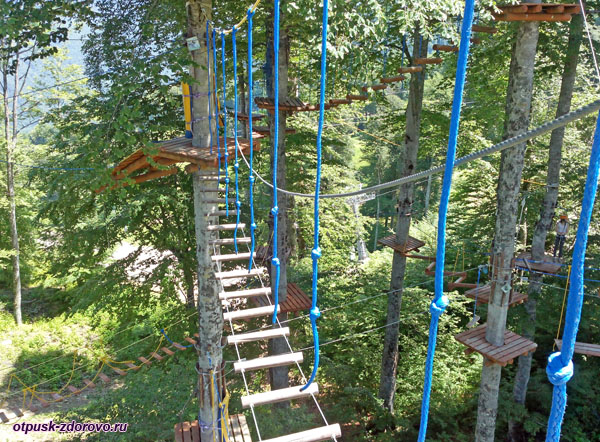 Подвесная лестница, Панда Парк, Роза Хутор, Сочи