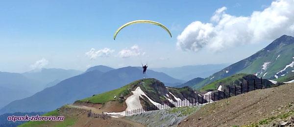 Полет на параплане на вершине Роза Пик