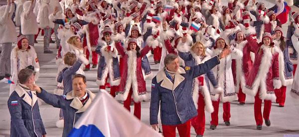 Спортсмены российской команды на церемонии открытия Олимпийских Игр в Сочи-2014