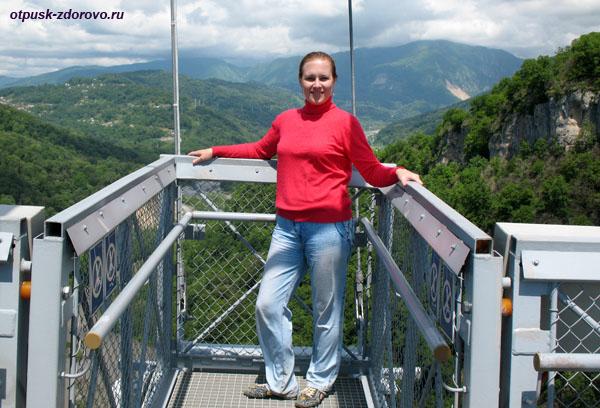 Фото на мосту в SkyPark, Сочи