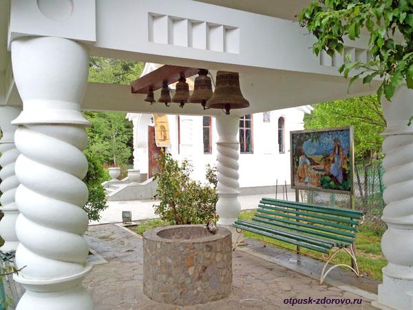 Беседка с колоколами, Свято-Георгиевский монастырь, Сочи