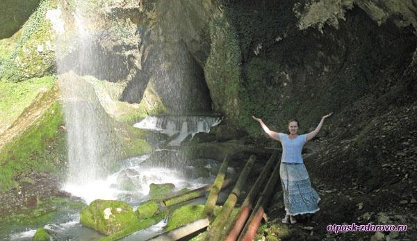 Каскад водопадов Пасть Дракона (Глубокий Яр)
