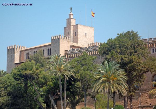 Королевский дворец Альмудайна, Пальма-де-Майорка, достопримечательности