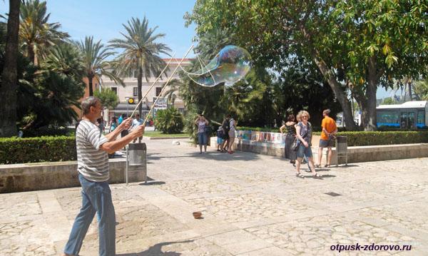 Мыльные пузыри, Пальма-де-Майорка