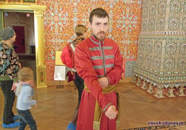 Гид, экскурсия в Коломенское, дворец Алексея Михайловича, Москва