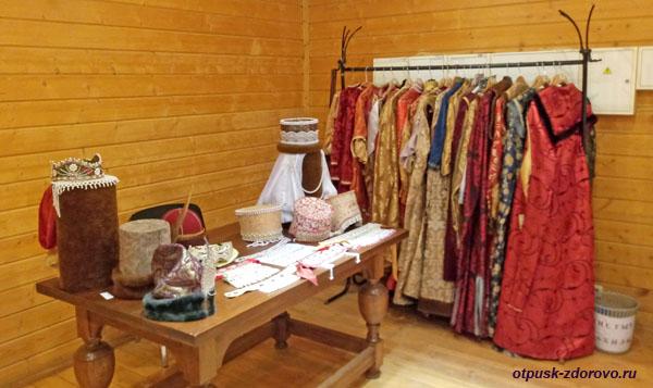 Царские наряды для фотосессий в палатах Алексея Михайловича в Коломенском