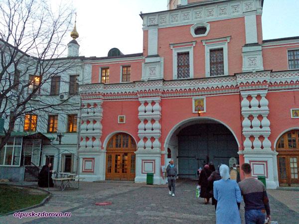 Колокольня, Свято-Данилов монастырь, Москва