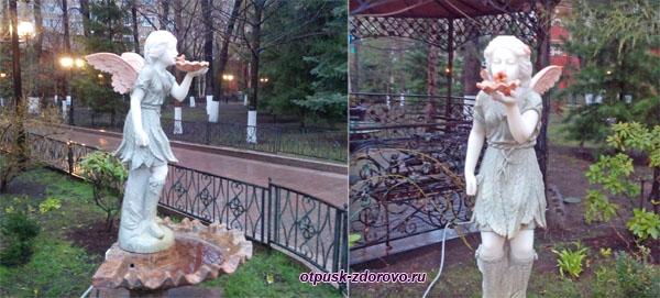 Фонтан-Ангел на территории Покровского монастыря в Москве