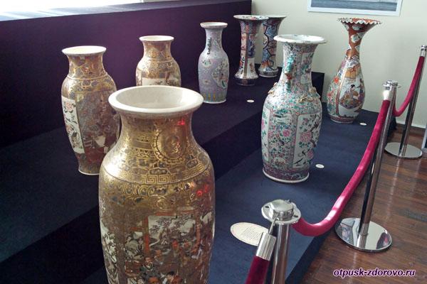 Фарфоровые вазы, Выставка Магия фарфора, Историко-художественный музей, Серпухов