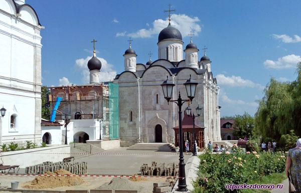 Введенский Владычный женский монастырь, Серпухов