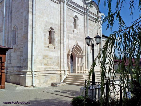 Введенский собор. Владычный женский монастырь, Серпухов