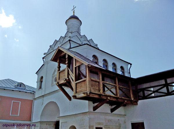 Надвратный храм. Введенский Владычный женский монастырь, Серпухов