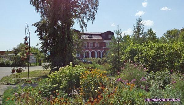 Православная гимназия, Введенский Владычный женский монастырь, Серпухов