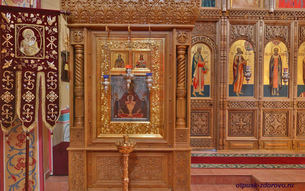 Икона Неупиваемая Чаша в Зачатьевском храме, Высоцкий монастырь, Серпухов